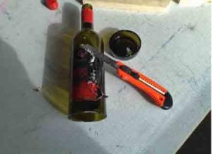 kapa glasflaska med snöre